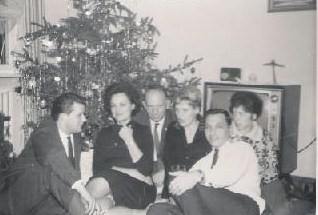 Lee & Rene Kyser and car club friends - Christmas 1964 (photo courtesy of Lee Kyser)