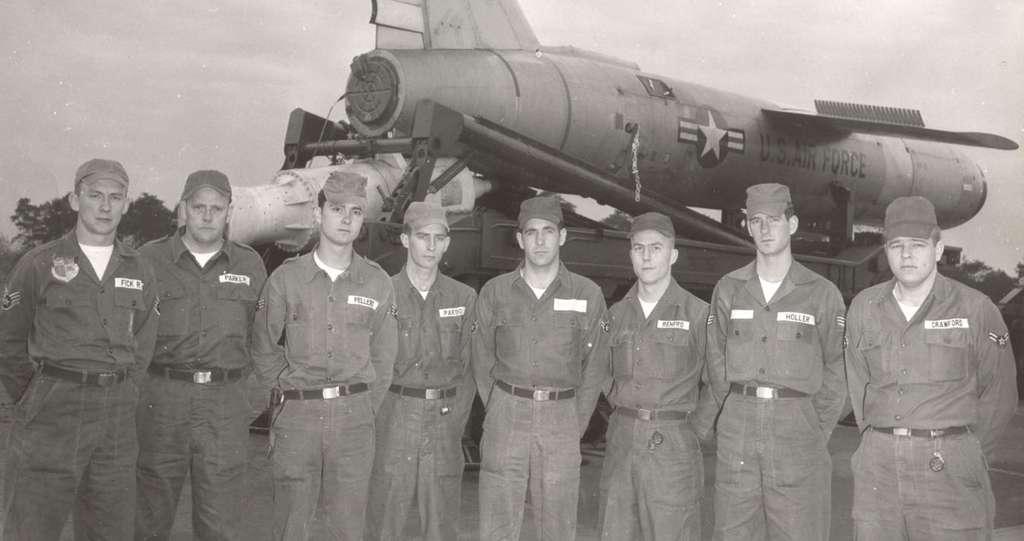Feller's B-Flight Maint. Crew